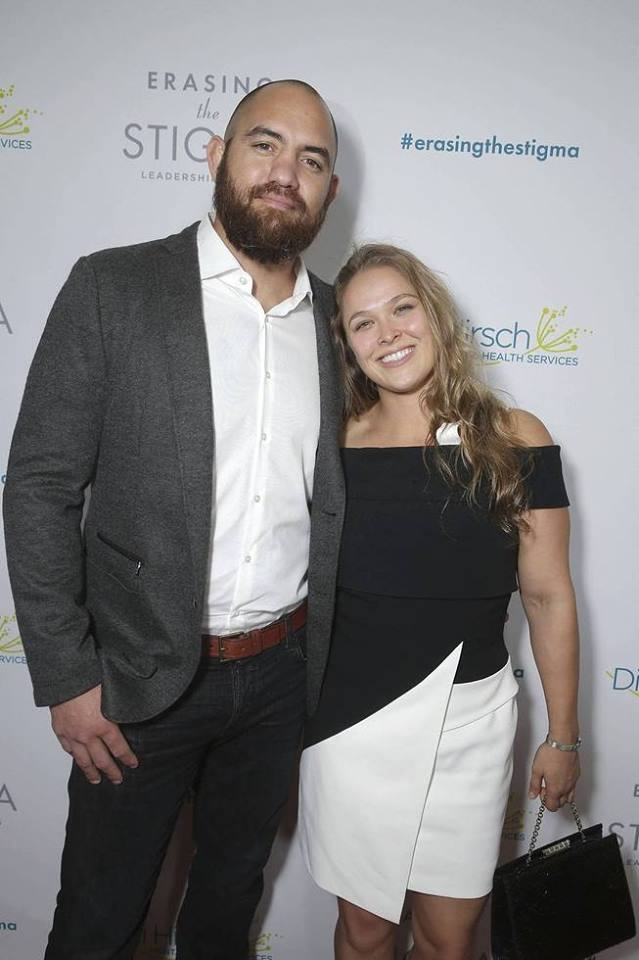 2016-04-28 Ronda Rousey and Travis Browne